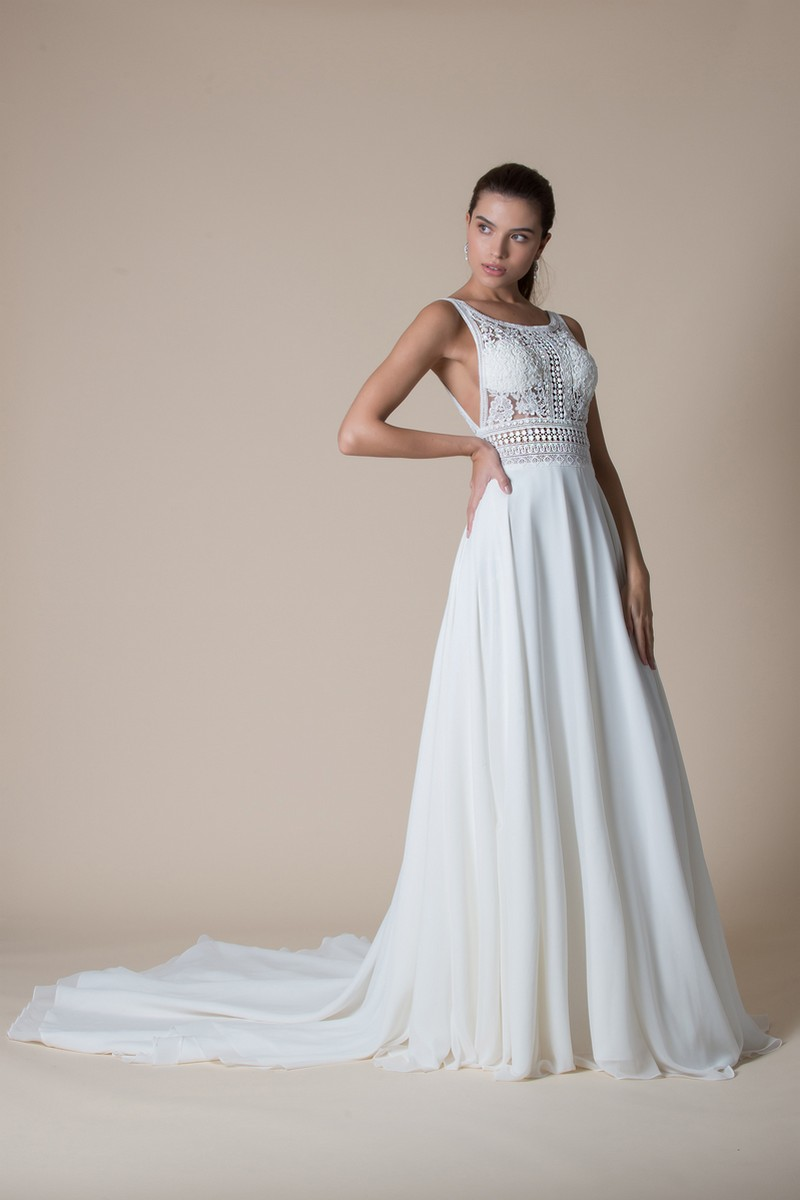 Astrid Wedding Dress from the MiaMia Flying Down to Rio 2020 Bridal Collection