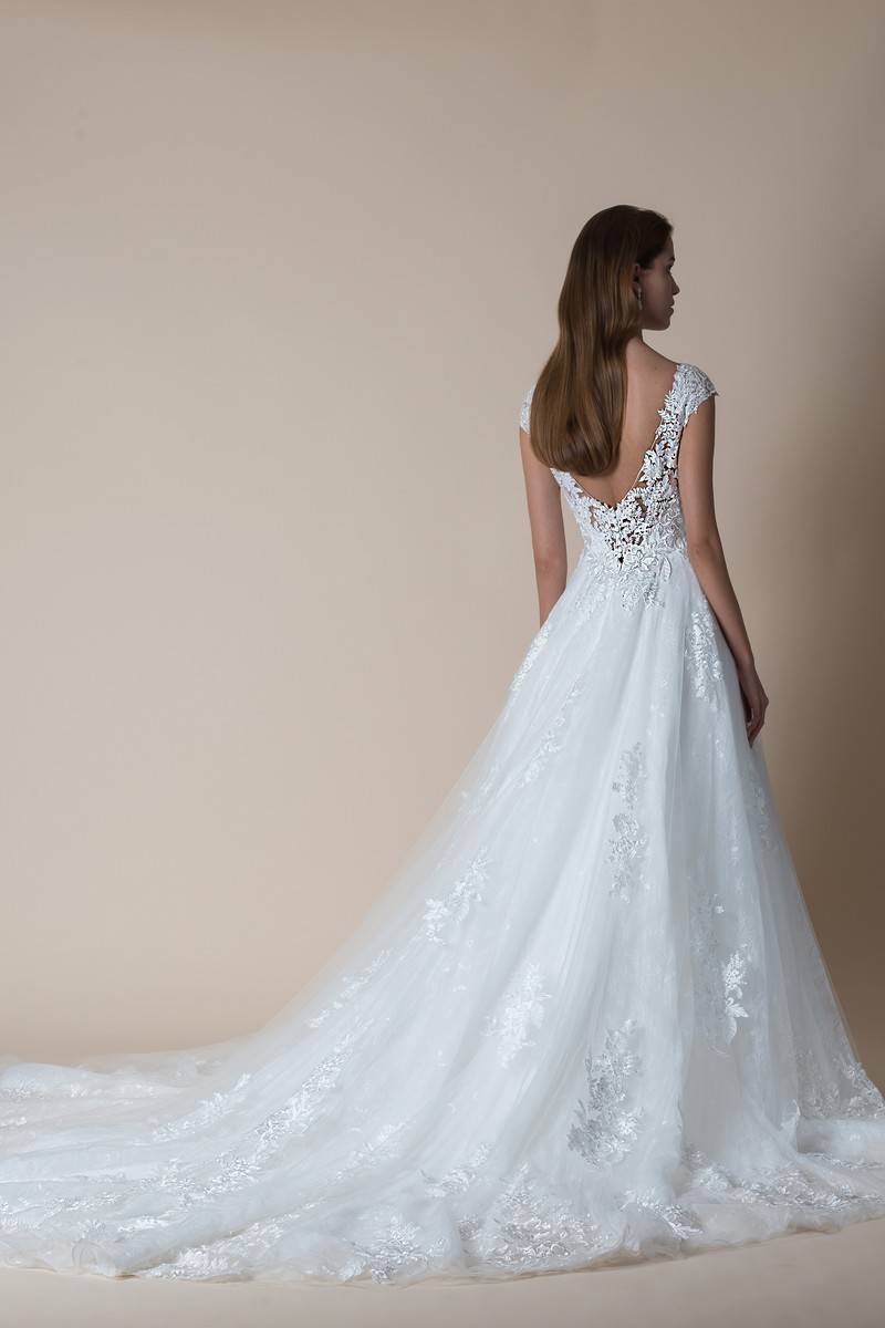 Back of Bailey Wedding Dress from the MiaMia Flying Down to Rio 2020 Bridal Collection