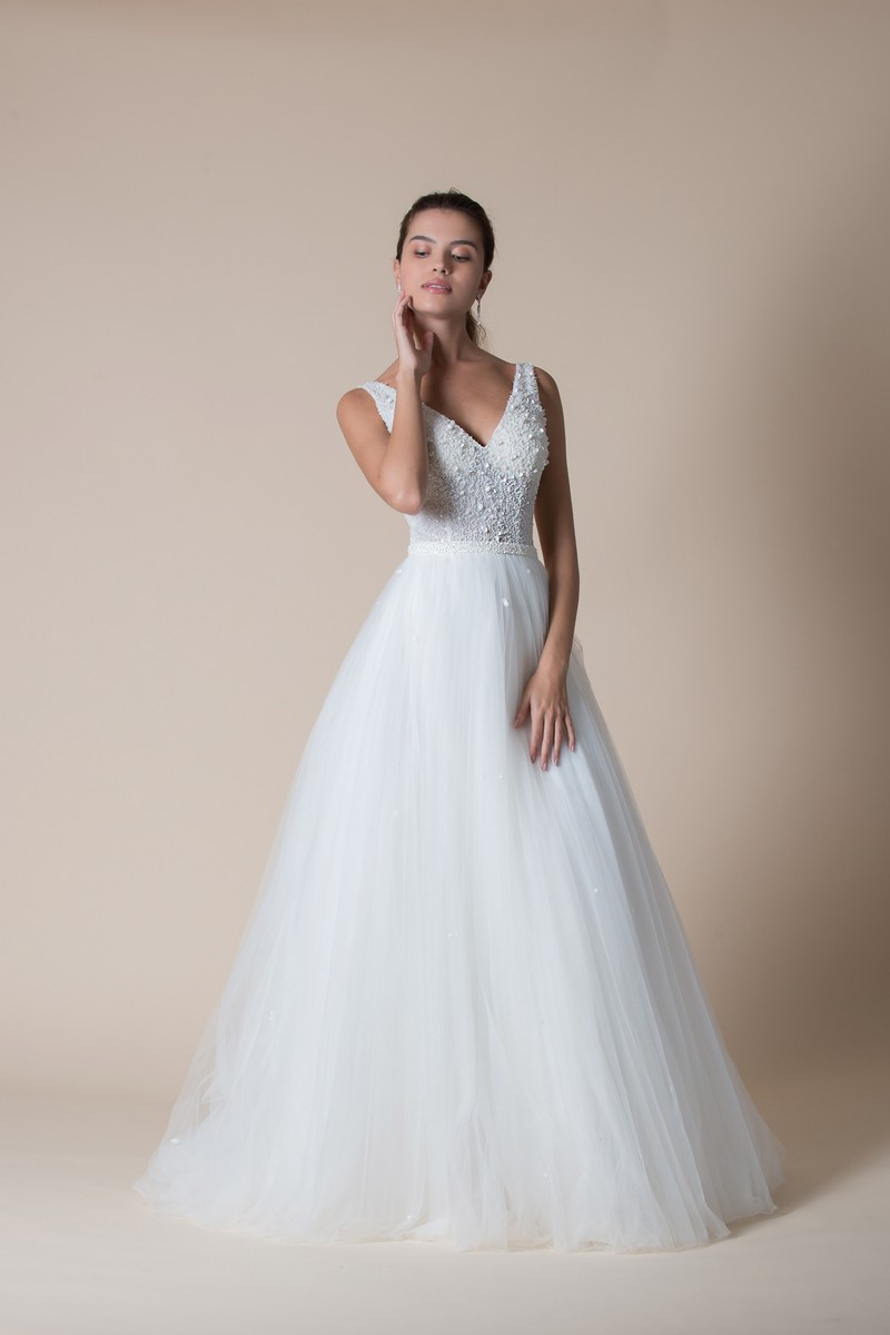 Daryl Wedding Dress from the MiaMia Flying Down to Rio 2020 Bridal Collection