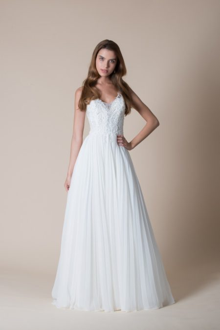 Kira Wedding Dress from the MiaMia Flying Down to Rio 2020 Bridal Collection