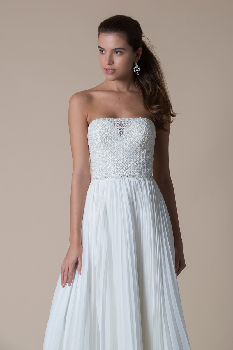 Sandalwood Wedding Dress from the MiaMia Flying Down to Rio 2020 Bridal Collection