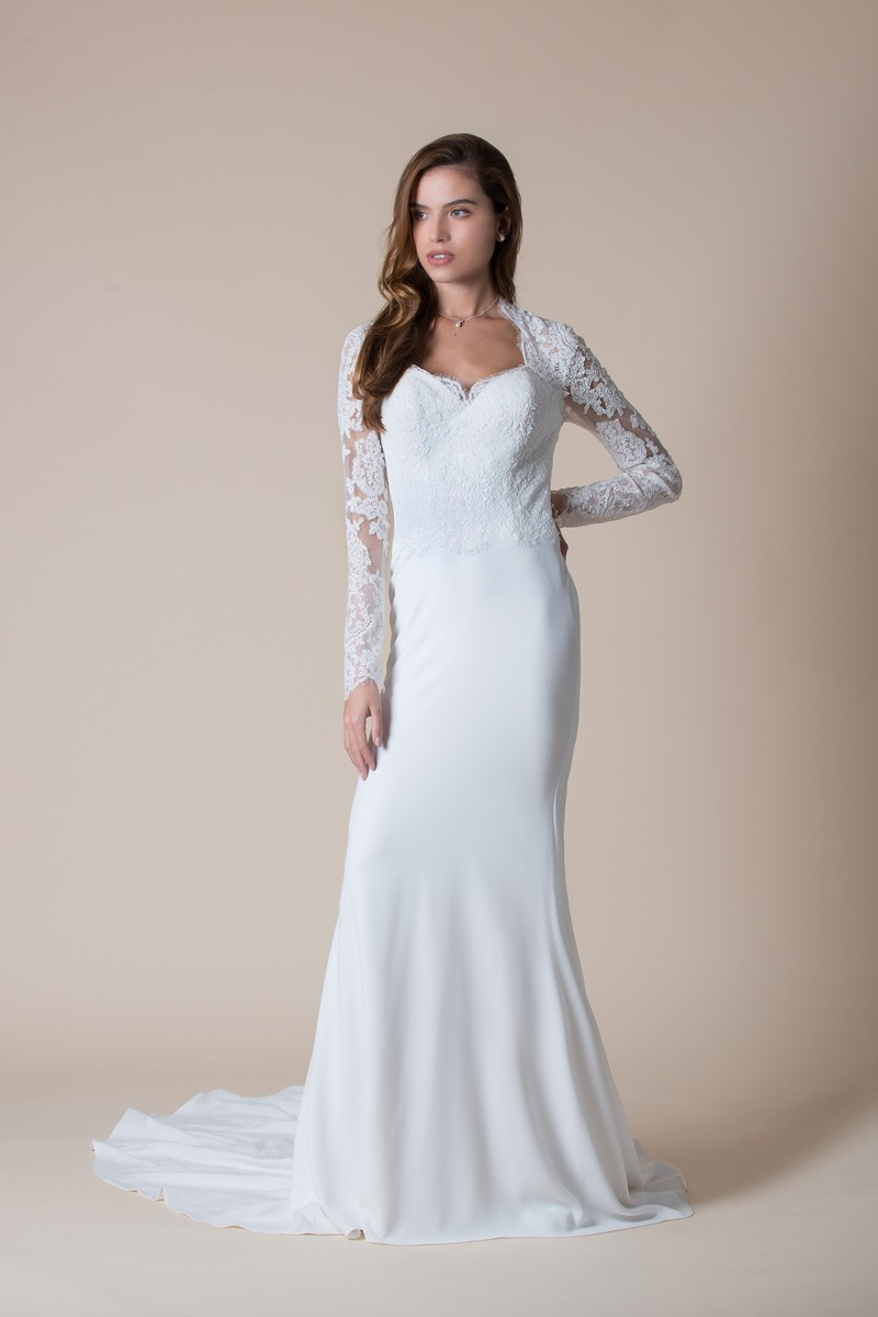 Seville Wedding Dress from the MiaMia Flying Down to Rio 2020 Bridal Collection