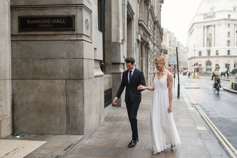 Bride and groom arriving at Banking Hall in London