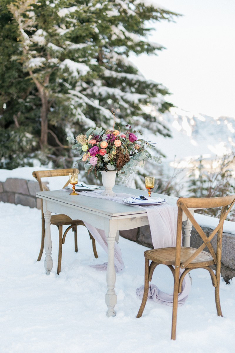 Elopement table in snow