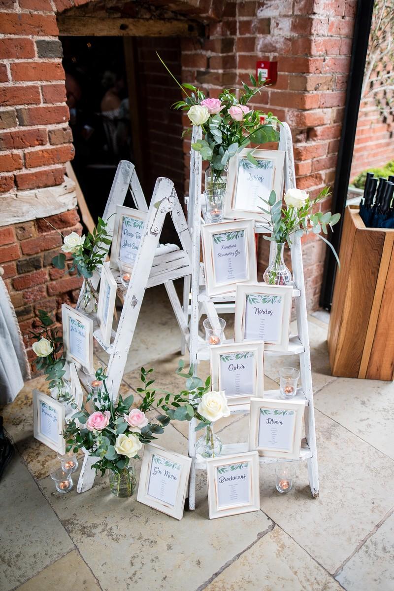 DIY ladder wedding table plan