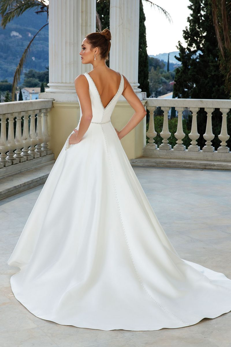 Back of Style 88109 Wedding Dress from the Justin Alexander Spring/Summer 2020 Bridal Collection