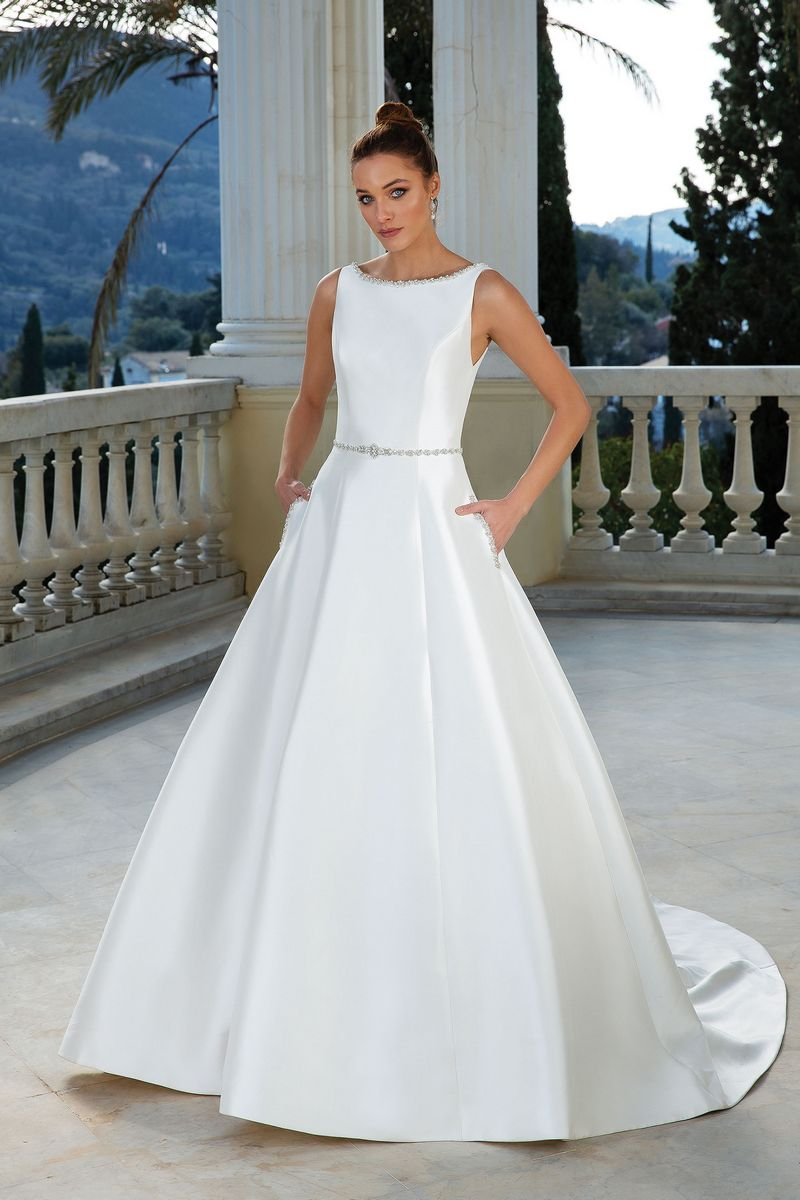 Style 88109 Wedding Dress from the Justin Alexander Spring/Summer 2020 Bridal Collection
