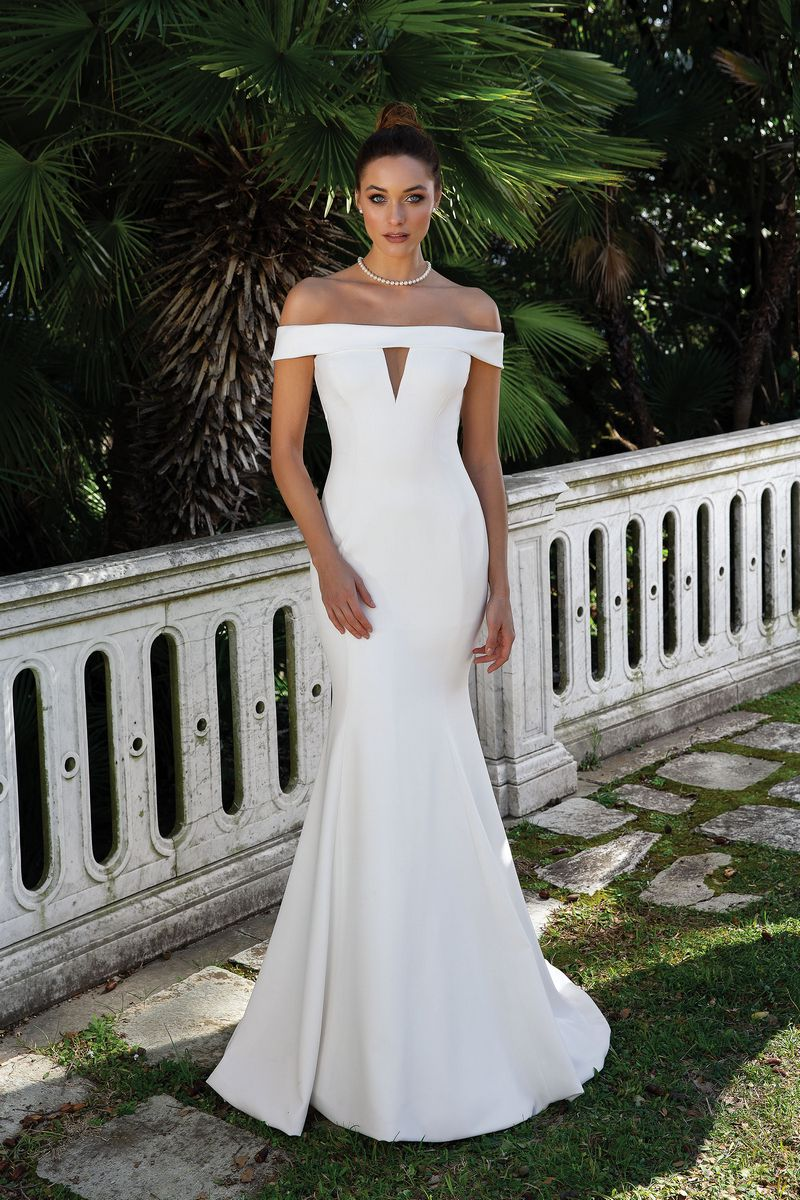 Style 88115 Wedding Dress from the Justin Alexander Spring/Summer 2020 Bridal Collection