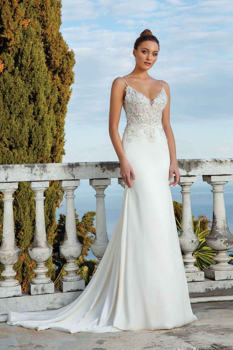 Style 88119 Wedding Dress from the Justin Alexander Spring/Summer 2020 Bridal Collection