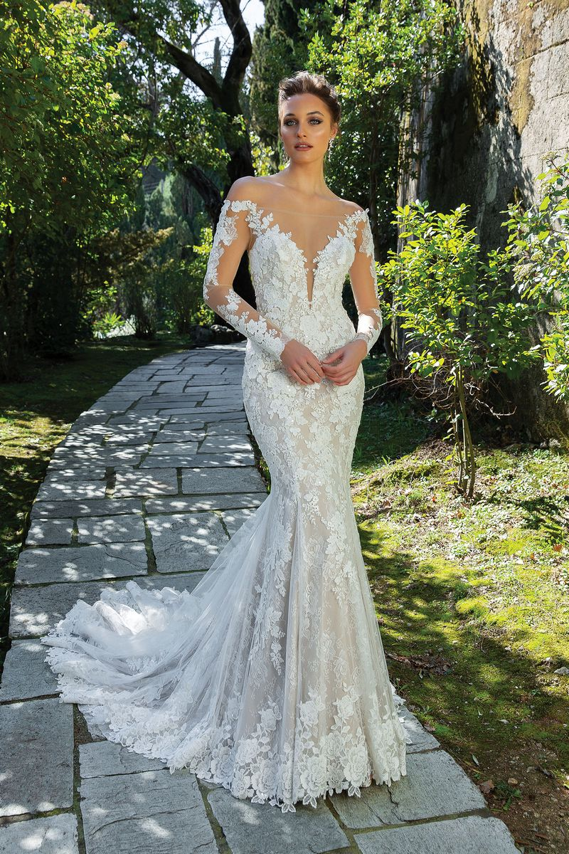 Style 88120 Wedding Dress from the Justin Alexander Spring/Summer 2020 Bridal Collection