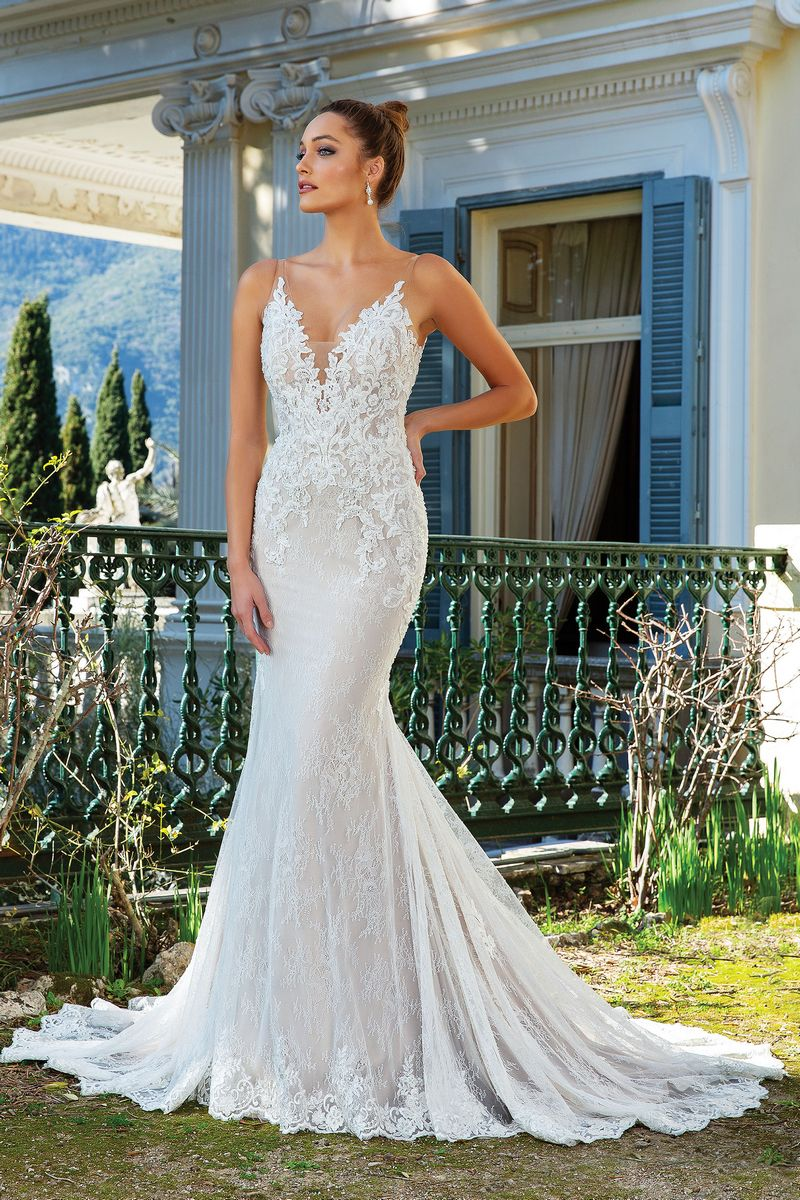 Style 88124 Wedding Dress from the Justin Alexander Spring/Summer 2020 Bridal Collection