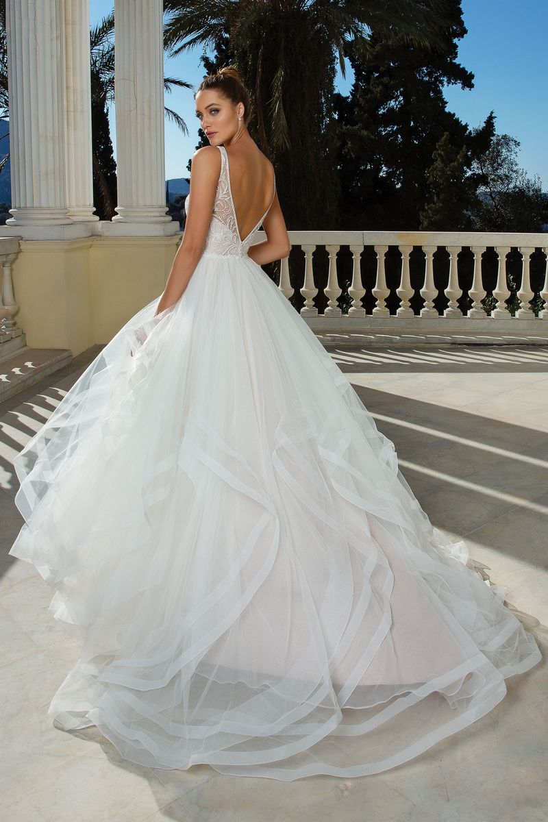 Back of Style 88125 Wedding Dress from the Justin Alexander Spring/Summer 2020 Bridal Collection