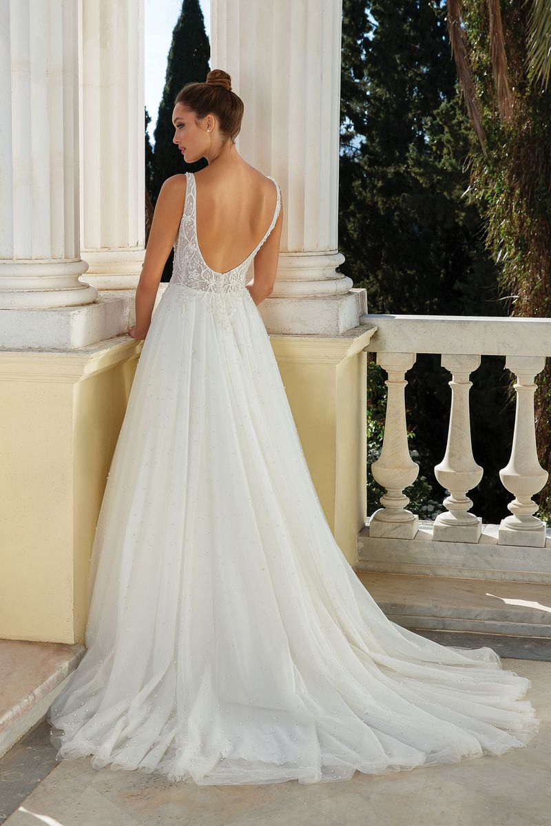 Back of Style 88129 Wedding Dress from the Justin Alexander Spring/Summer 2020 Bridal Collection