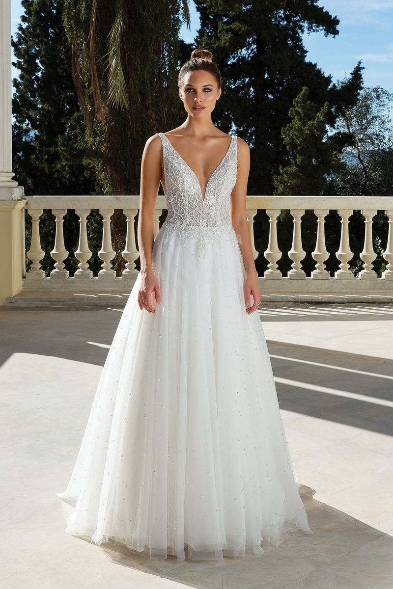 Style 88129 Wedding Dress from the Justin Alexander Spring/Summer 2020 Bridal Collection