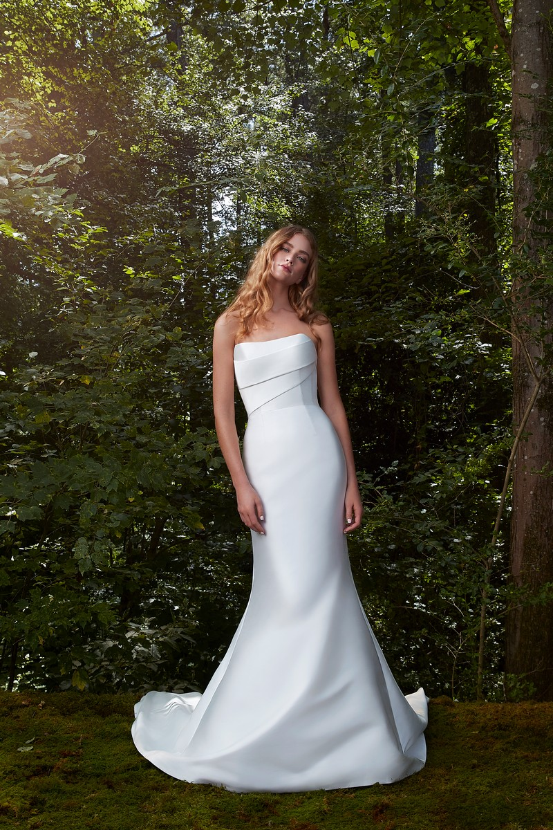 Bisous wedding dress from the Anne Barge 2021 Bridal Collection