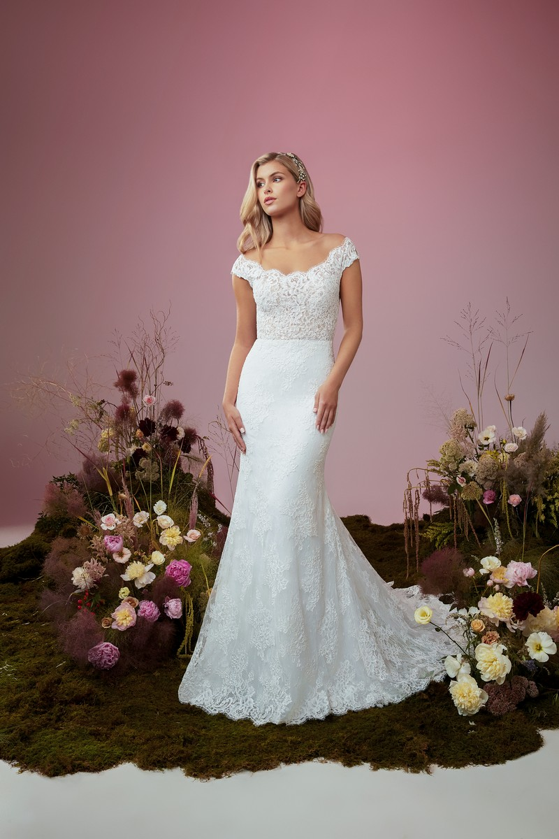 Gossamer wedding dress from the Anne Barge Blue Willow Bride 2021 Bridal Collection