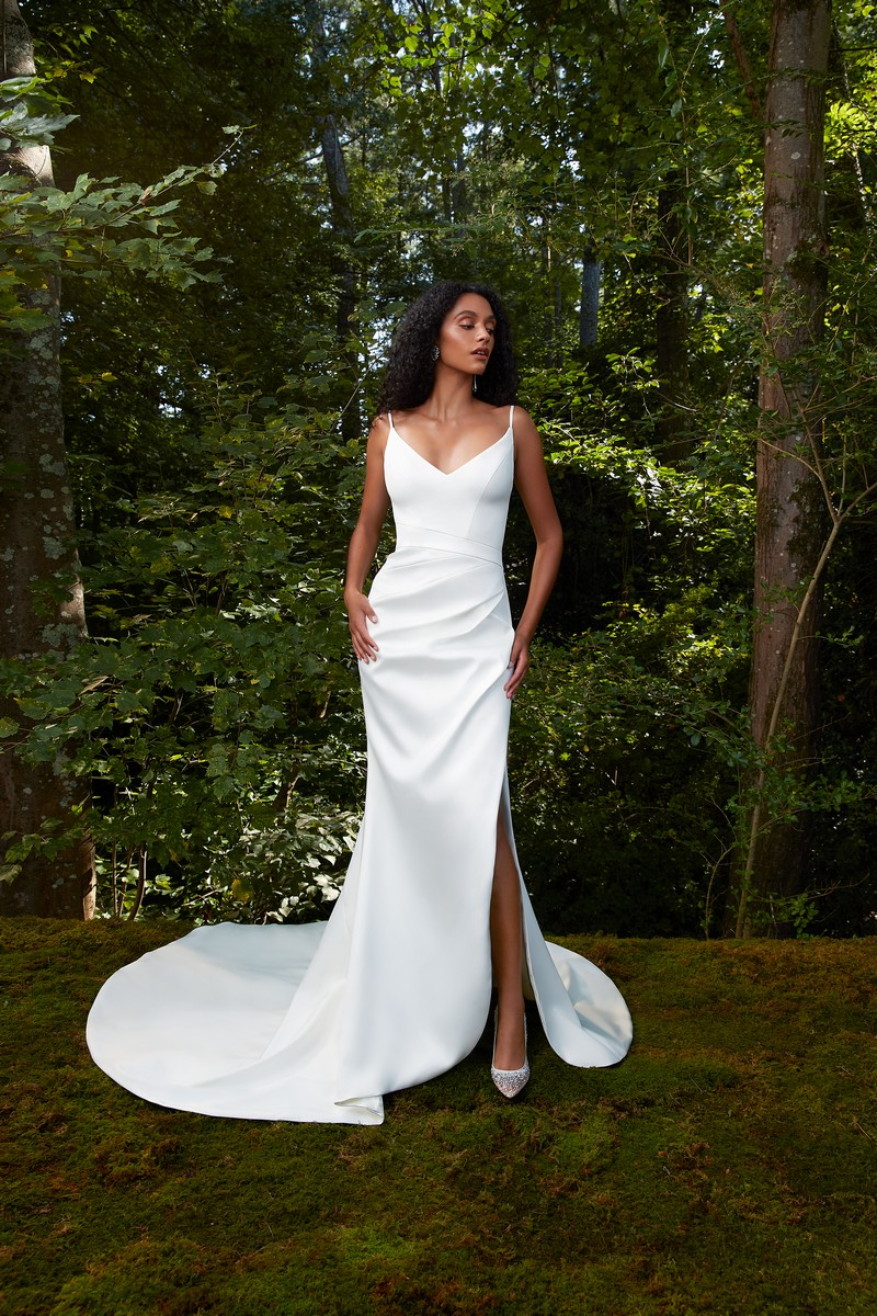 Kiss Me wedding dress from the Anne Barge 2021 Bridal Collection