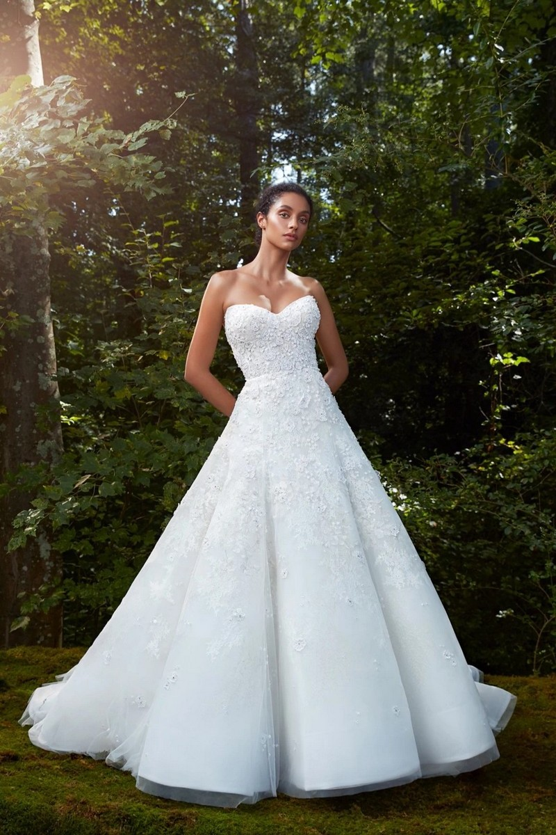 Sublime wedding dress from the Anne Barge 2021 Bridal Collection