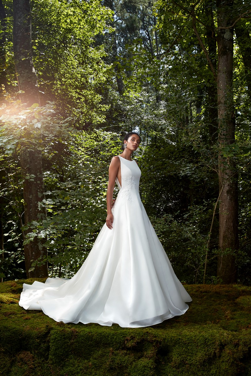 Take My Heart wedding dress from the Anne Barge 2021 Bridal Collection