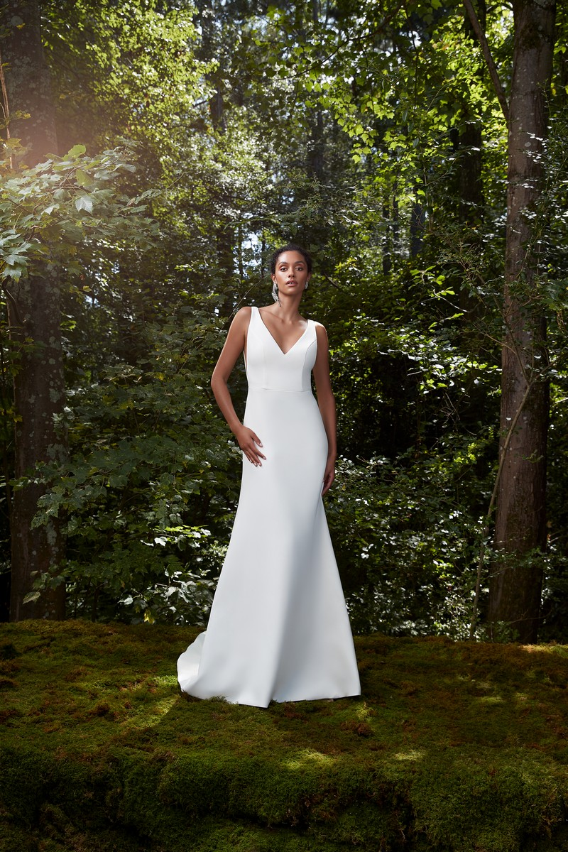 Wish wedding dress from the Anne Barge 2021 Bridal Collection