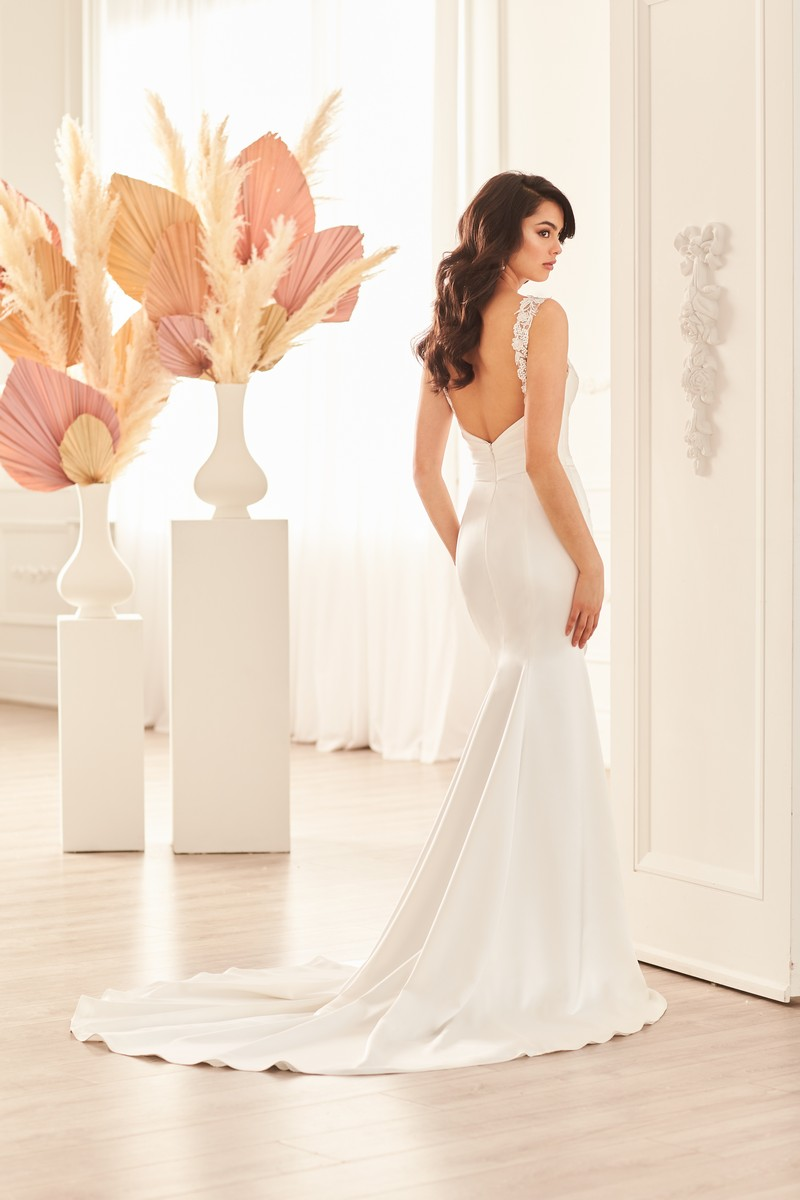 Back of Style 4951 wedding dress from the Paloma Blanca Fall 2021 Bridal Collection