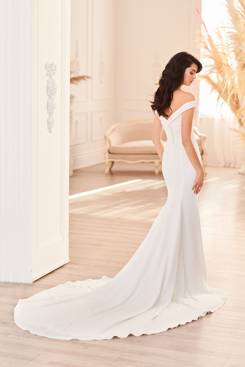 Back of Style 4955 wedding dress from the Paloma Blanca Fall 2021 Bridal Collection