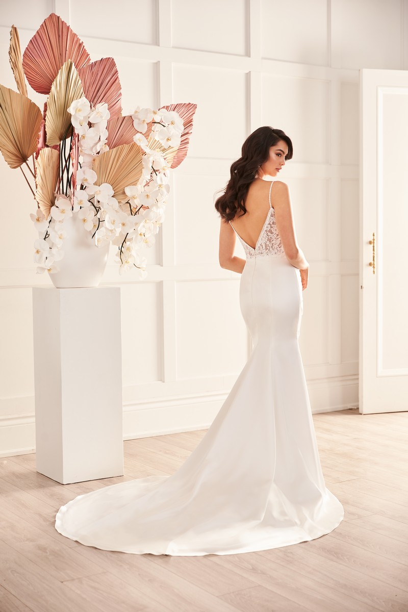 Back of Style 4961 wedding dress from the Paloma Blanca Fall 2021 Bridal Collection